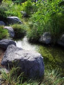 Рукотворный ручей